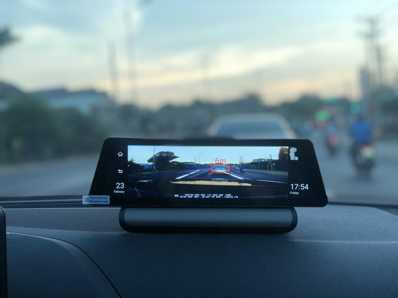 Camera hành trình Procam T98 XS MAX Ram 2Gb Màn hình 10 Inch Model 2019