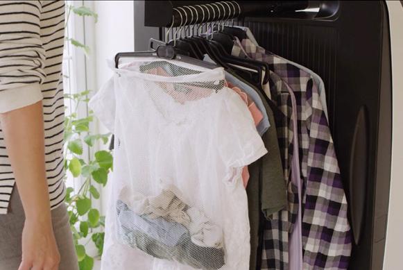 Máy ủi quần áo tự động Effie